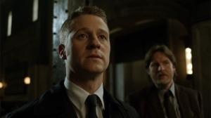 Gotham-112-Manhunt