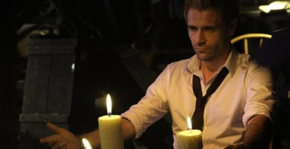 Constantine-A-Whole-World-Out-There-screenshot-1